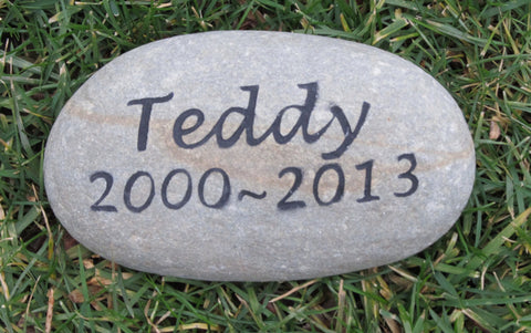 Personalized Pet Memorial Stone Garden Gravestone Memorial Cemetery Burial Tombstone Grave Marker 6-7 Inch Stone Memorial - Pet Memorial Stones, Personalized Pet Stone Memorial Grave Marker, Dog Memorial, Cat Memorials, Pet Gravestone Markers, Headstone