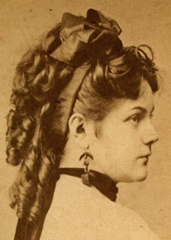 Traditional Hair Bow style
