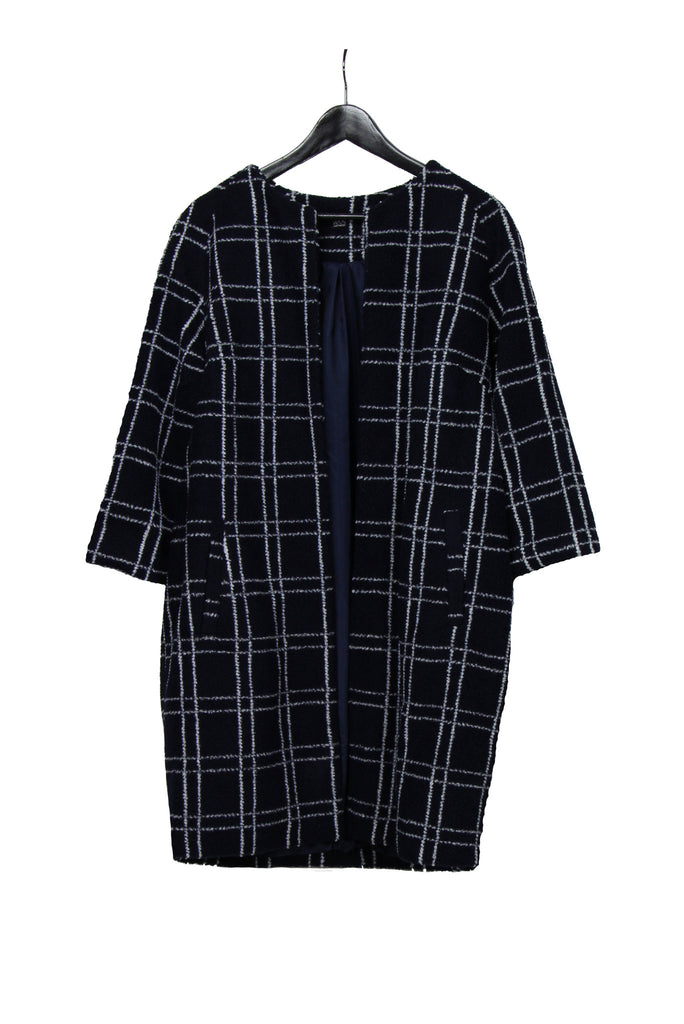 Dark blue checked coat with three-quarter length sleeves