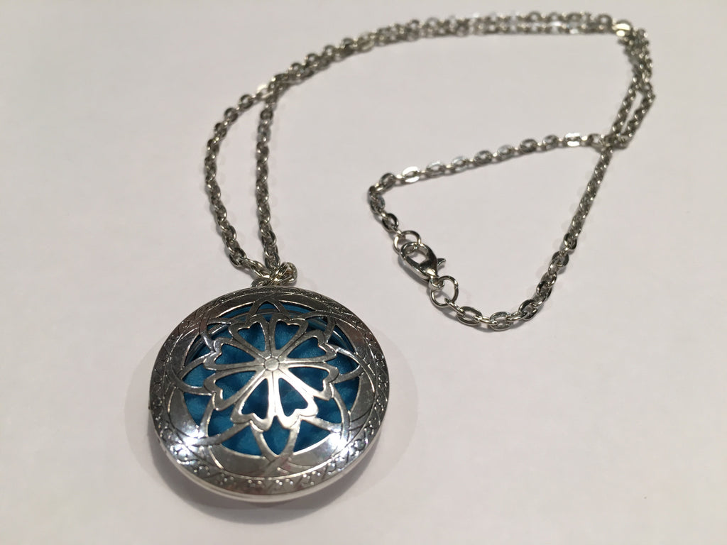 "Coupon: FREEDiffuser - Free Essential Oil Diffuser Aromatherapy Pendant, Necklace Jewlery Antique Silver Locket With 24"" Chain When You Pay Shipping"