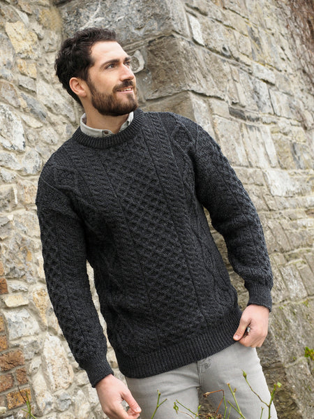 LIGHTWEIGHT TRADITIONAL IRISH ARAN SWEATER