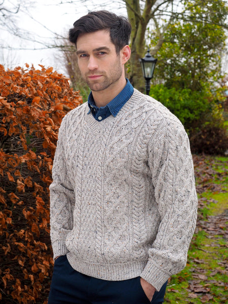 TRADITIONAL MERINO V NECK ARAN SWEATER