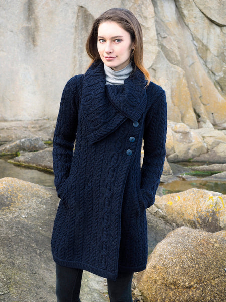LARGE COLLAR IRISH CABLE KNIT COATIGAN