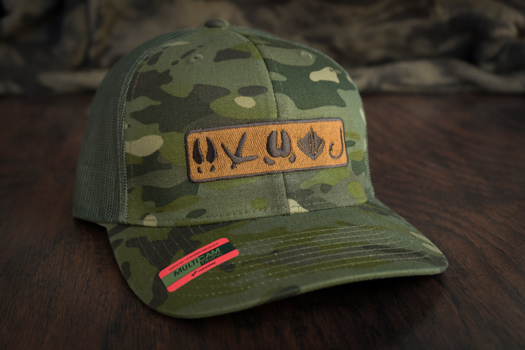 Tracks Logo™ | Multicam® Green - Outdoor Militia®