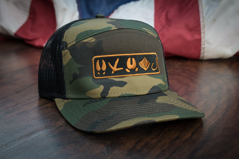 Tracks Logo™ | 7 Panel - Camo - Outdoor Militia®