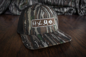 Tracks Logo™ | Realtree® Original - Outdoor Militia®