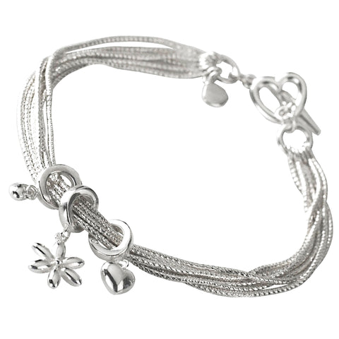 Hearts & Daisy Bracelet from the Bracelets collection at Argenteus Jewellery