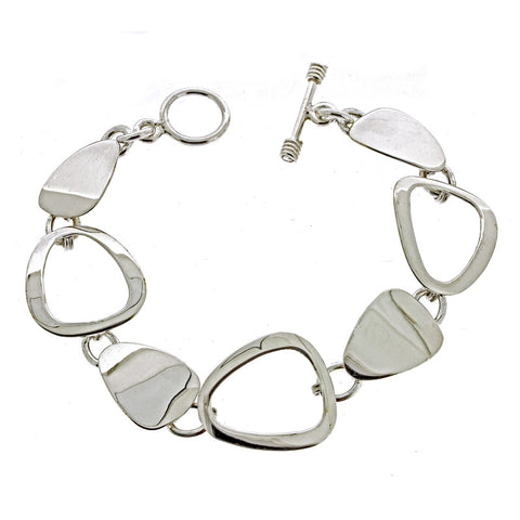 Rounded Triangle Links Bracelet from the Bracelets collection at Argenteus Jewellery