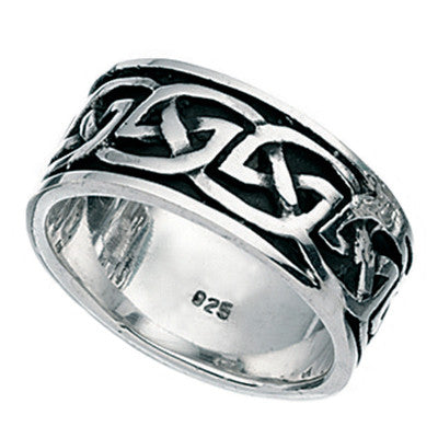 Mens Celtic Knot Pattern Ring from the Rings collection at Argenteus Jewellery