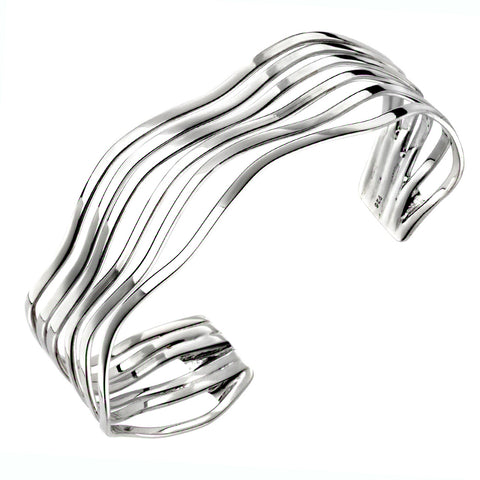 Waves Bangle from the Bangles collection at Argenteus Jewellery
