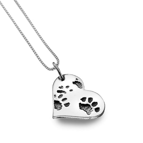 Dog or Cat Paw Heart Necklace from the Necklaces collection at Argenteus Jewellery
