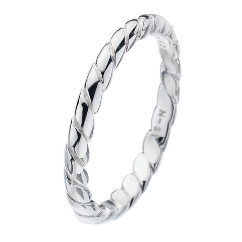 Virtue London Ring - Rope from the Rings collection at Argenteus Jewellery