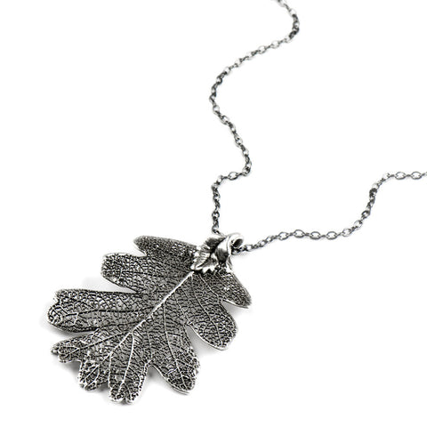 Platinum-plated Lacey Oak Leaf Necklace from the Necklaces collection at Argenteus Jewellery
