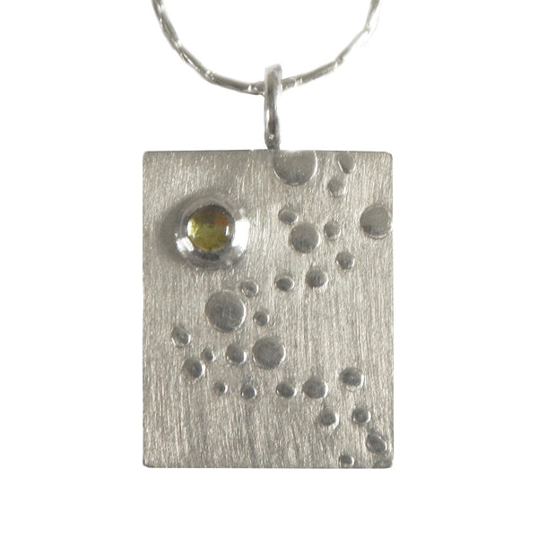 Bubbles with peridot necklace from the Necklaces collection at Argenteus Jewellery