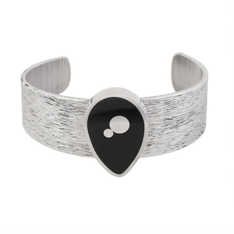 Norman Eames - Black Teardrop Bangle from the Bangles collection at Argenteus Jewellery
