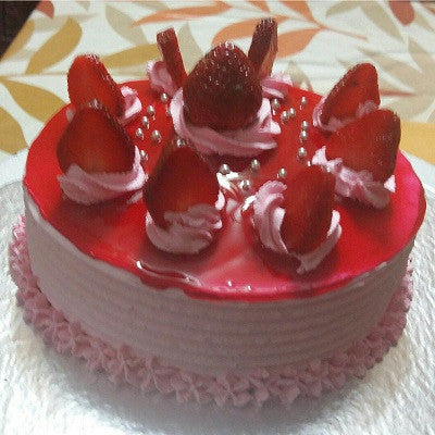 Strawberry Cake - 1 lb - The Cake Connection - CookMyWish.com