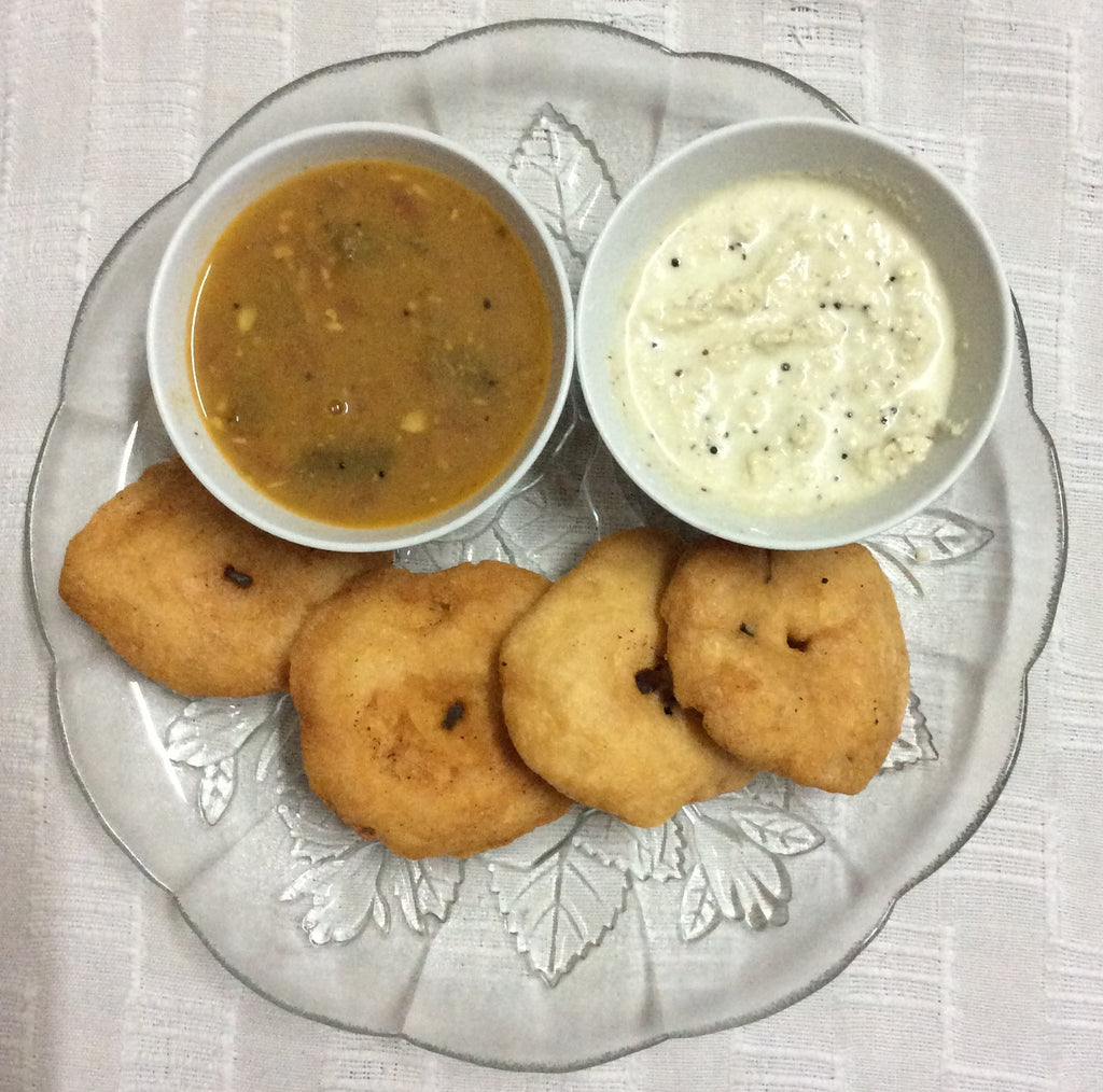 Vadas - 6 pcs - Chef's Special - Shanta's Southern Flavours - CookMyWish.com - 1