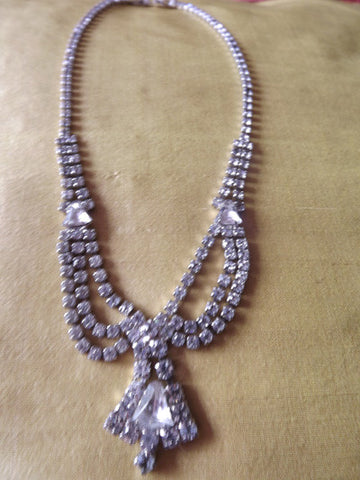 1950s Clear Diamanté Necklace Drop to Centre