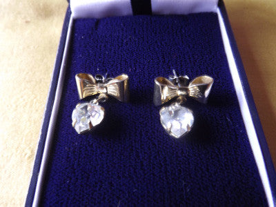 Vintage Style Gilt Bow and Diamanté Heart Earrings