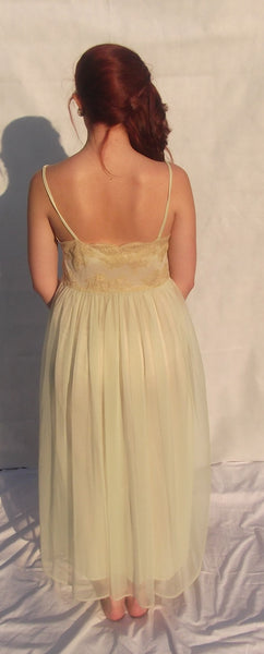 1950's Totally Feminine Pale Green Nightgown