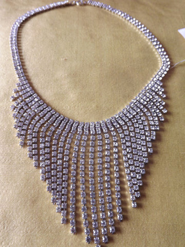 "Vintage Style Diamanté Collar with Dangles in ""V"""