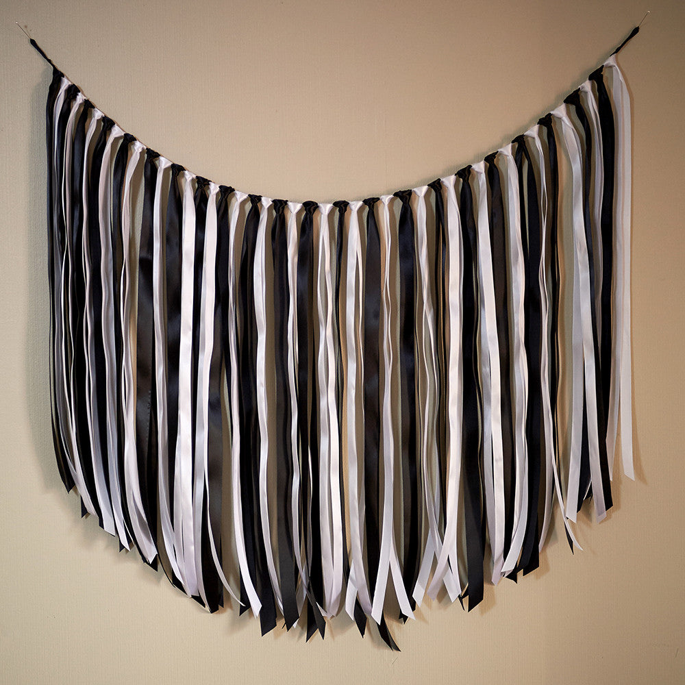 Black and White Party Decor.  Ships in 1-3 Business Days.  Black and White Party Decorations.  Ribbon Garland.