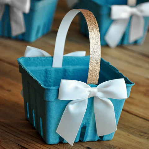 Champagne Gold Berry Basket Favors (5CT). One Pint Sea Green Basket with White Bows. Easter Party Favors.