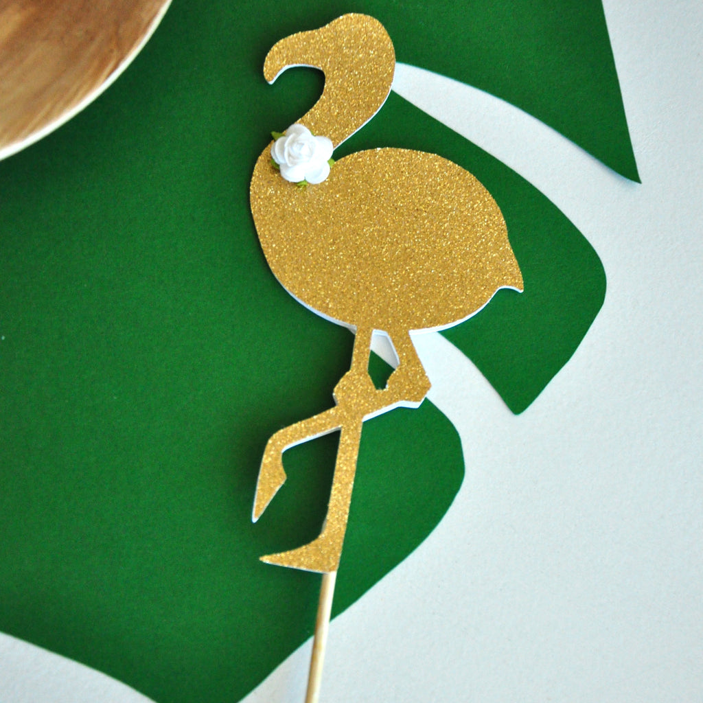 Flamingo Cake Topper. Flamingo Summer Party Decor. Handmade in 1-3 business days. Tropical Summer Party Ideas.