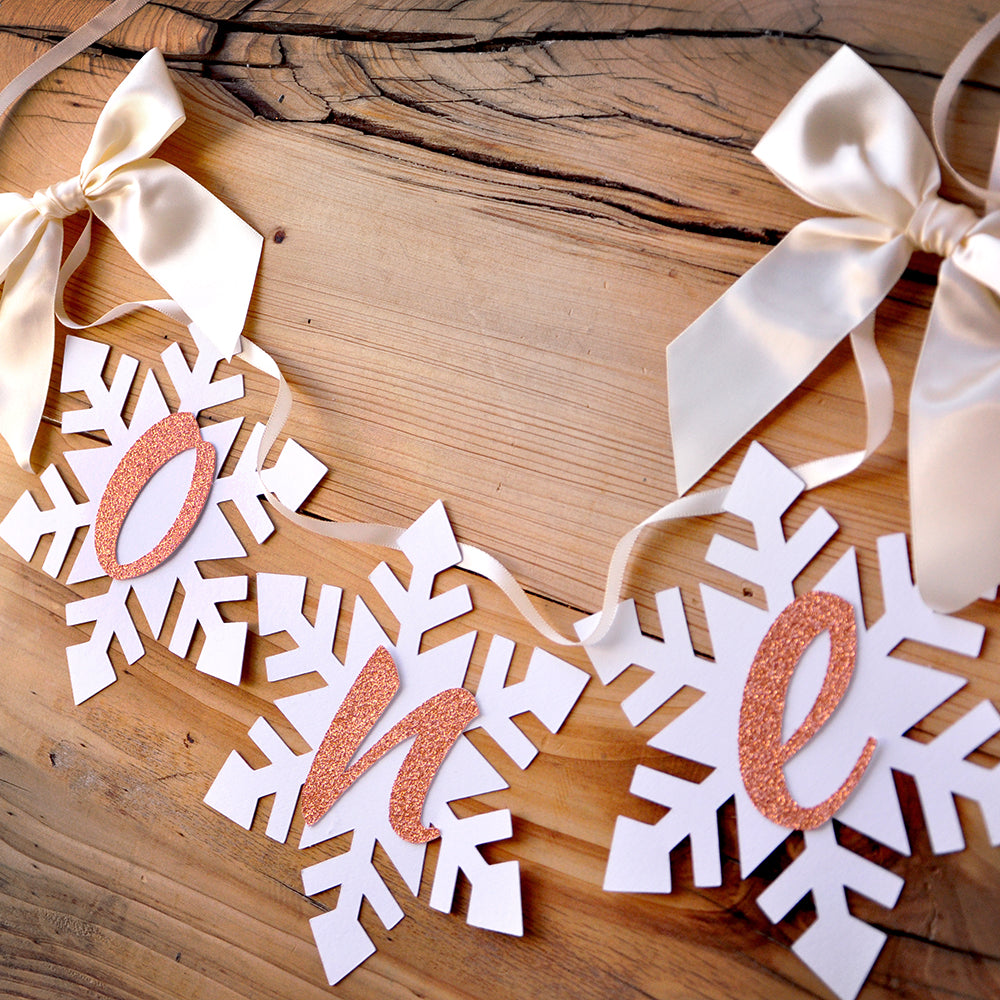 Winter Onederland Snowflake Highchair Banner in Ivory and Rose Gold. Made in 1-3 Business Days. One Highchair Banner. First Birthday Banner.