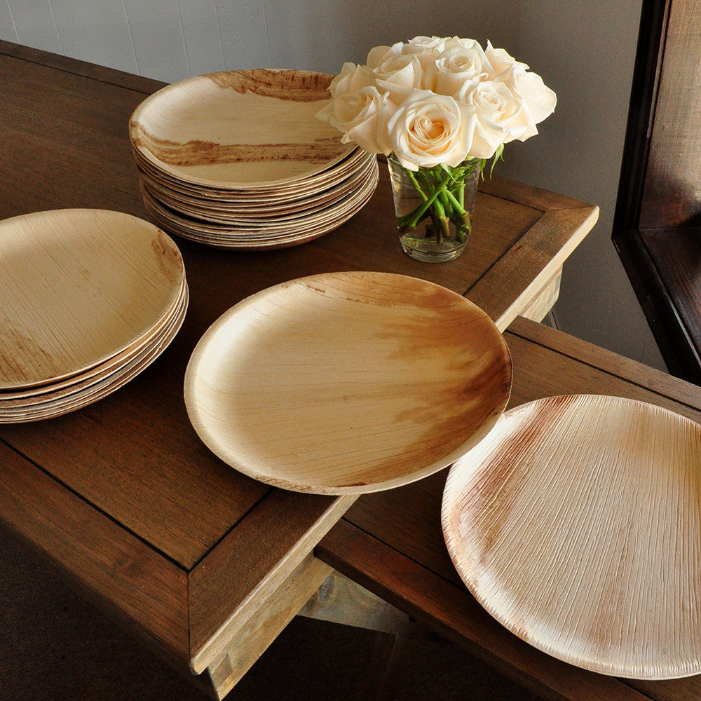 Round Disposable Dinner Plates for Wedding 10\  Set of 10. Disposable 10\  Palm & Round Disposable Dinner Plates for Wedding 10\