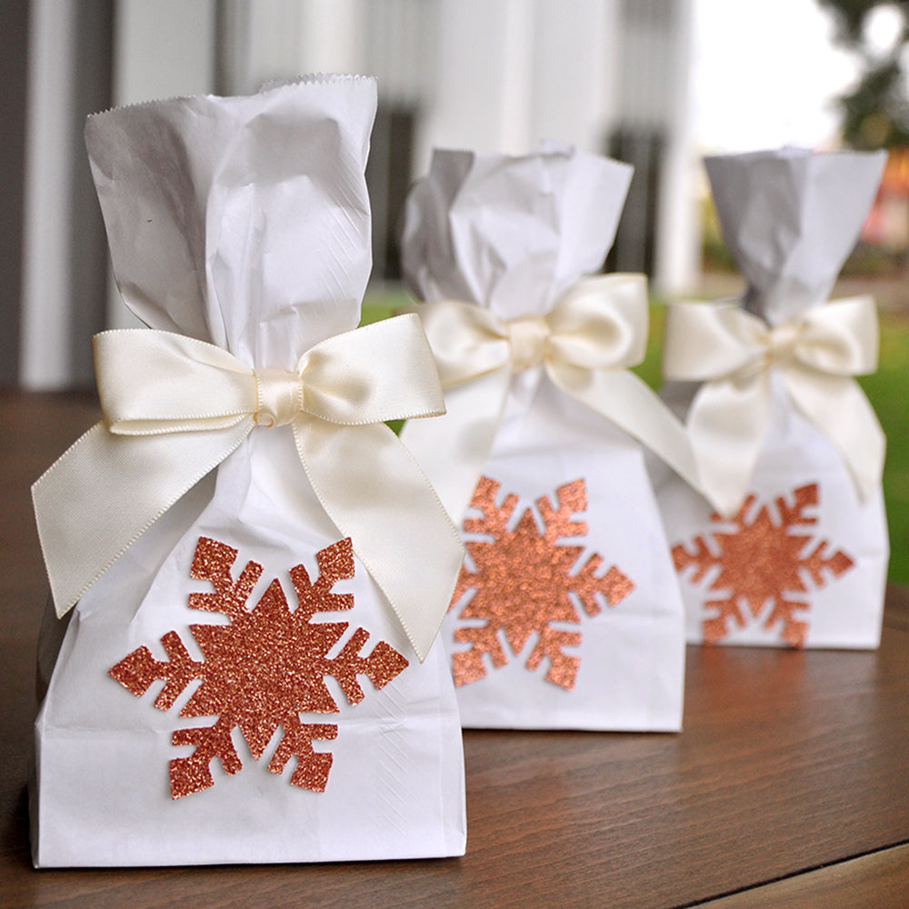 Snowflake Favor Bags (QTY 10).  Ships in 1-3 Business Days. Rose Gold Party Supplies. Mini Party Favor Bags with Snowflake and Bows. W36MFB.