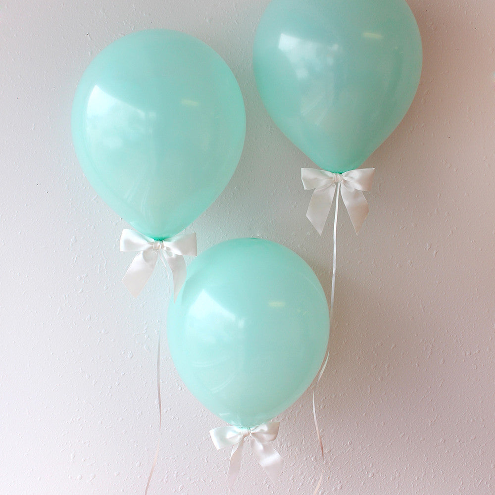Aqua Blue Balloons with Bows 8CT + Curling Ribbon.  Ships in 1-3 Business Days.