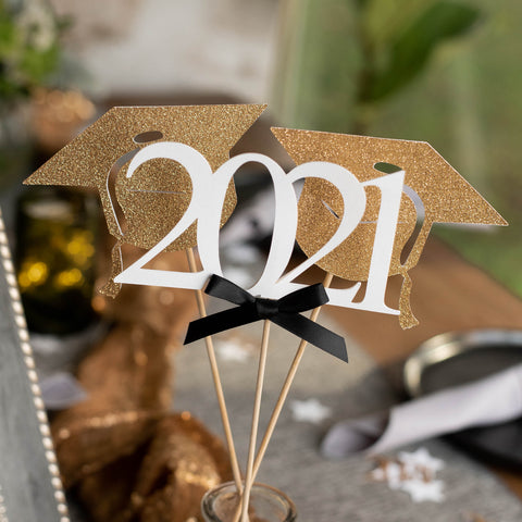 Graduation Party Decoration (2 Single Graduation Cap Wands & 1 Single 2021 Wand). Made in 1-3 Business Days.  White and Gold Centerpiece for Graduation Party.