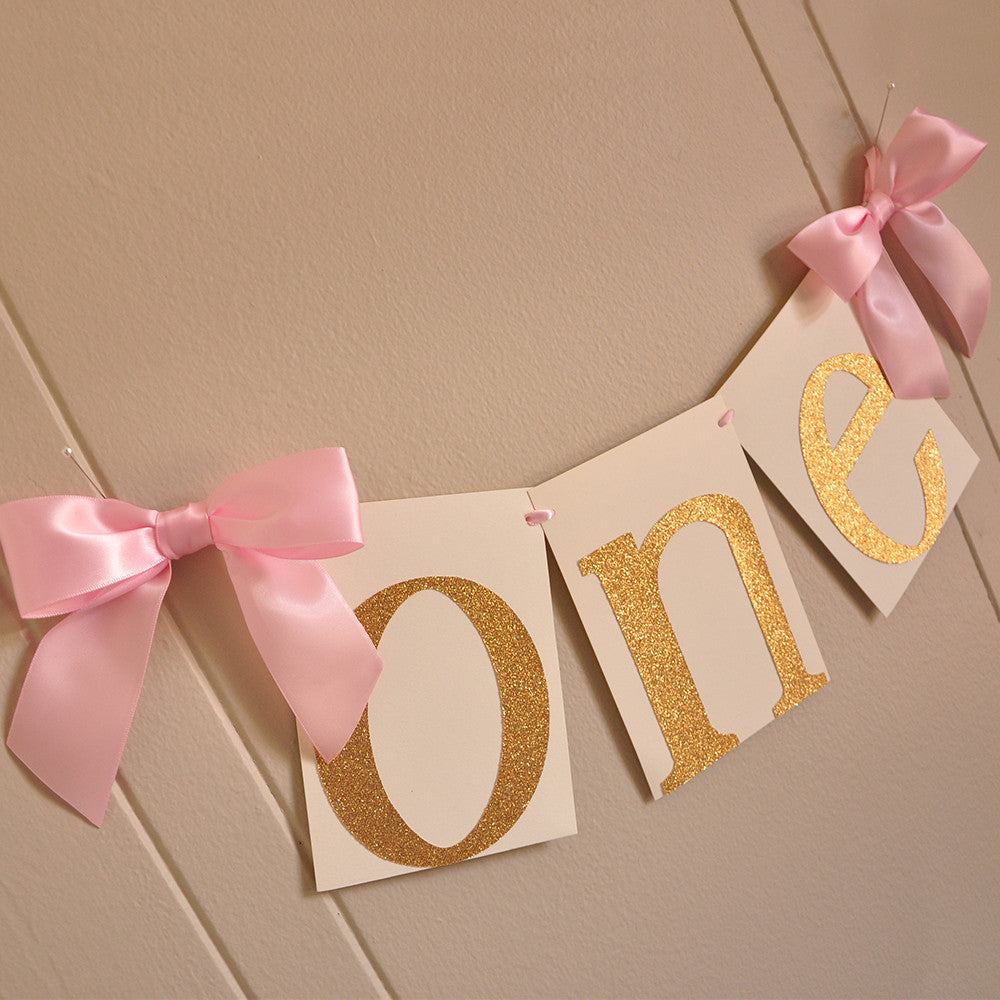 1st Birthday Highchair Banner.  Ships in 1-3 Business Days.  Pink and Gold Birthday Party Decorations.