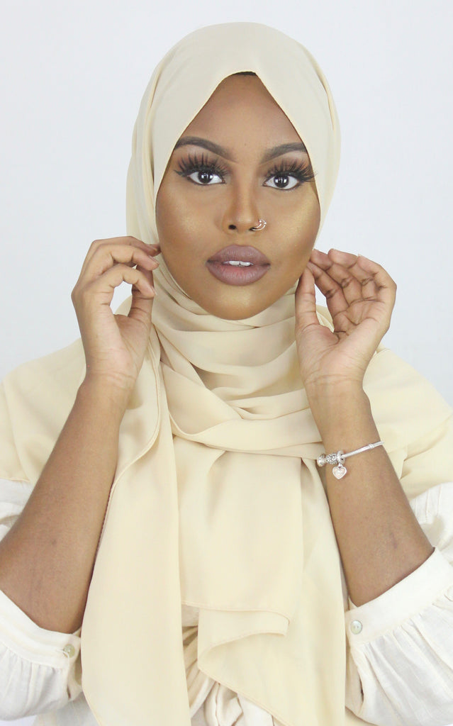 Eggnog Stretch Georgette Hijab