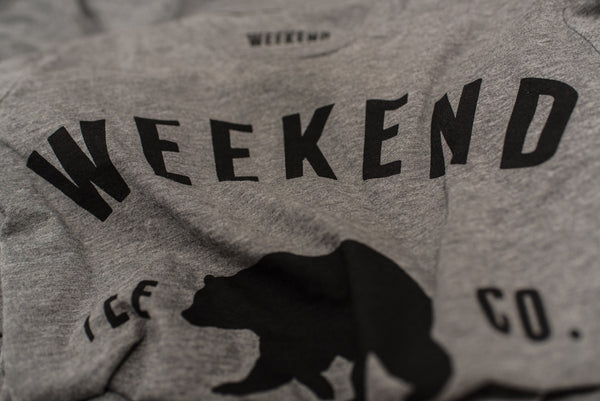 Weekend Bear Tee Grey close up
