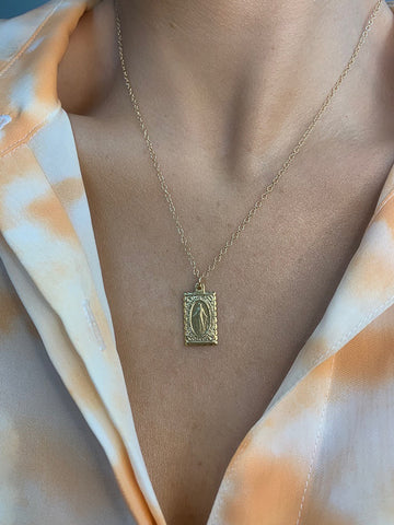 Dainty Sweet Mary Necklace