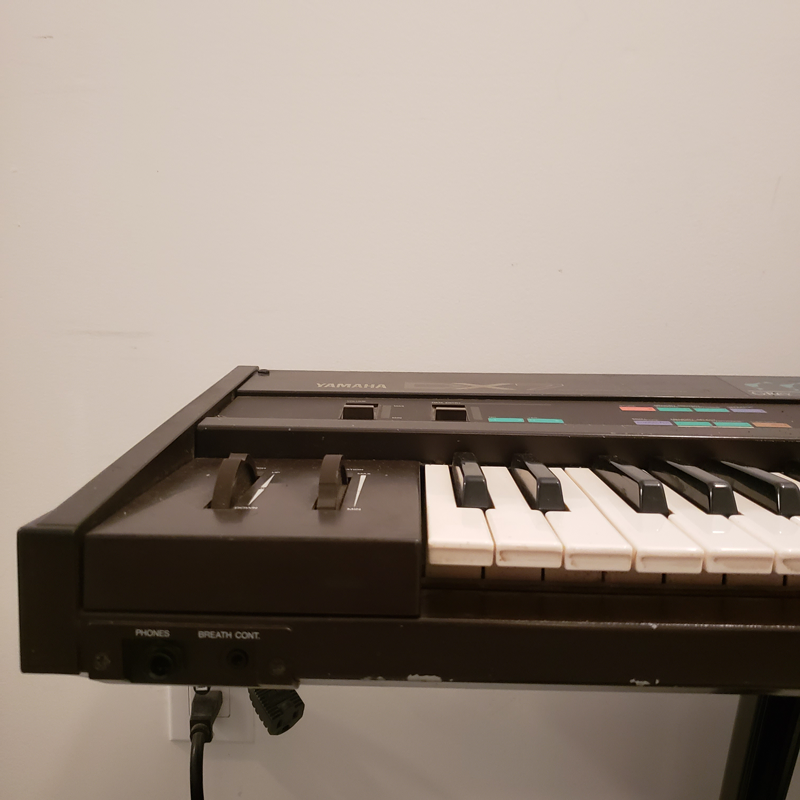 Yamaha DX7 with Grey Matter Response E!