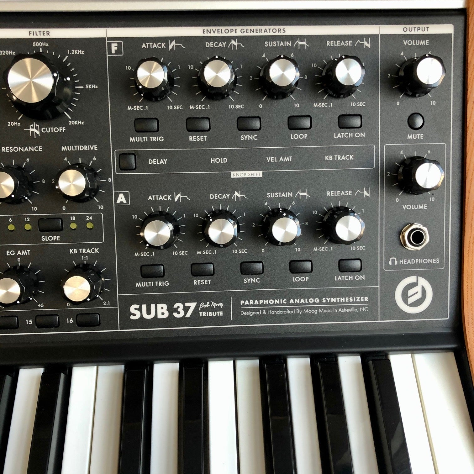 Moog Sub-37 (w/ Dust Cover)