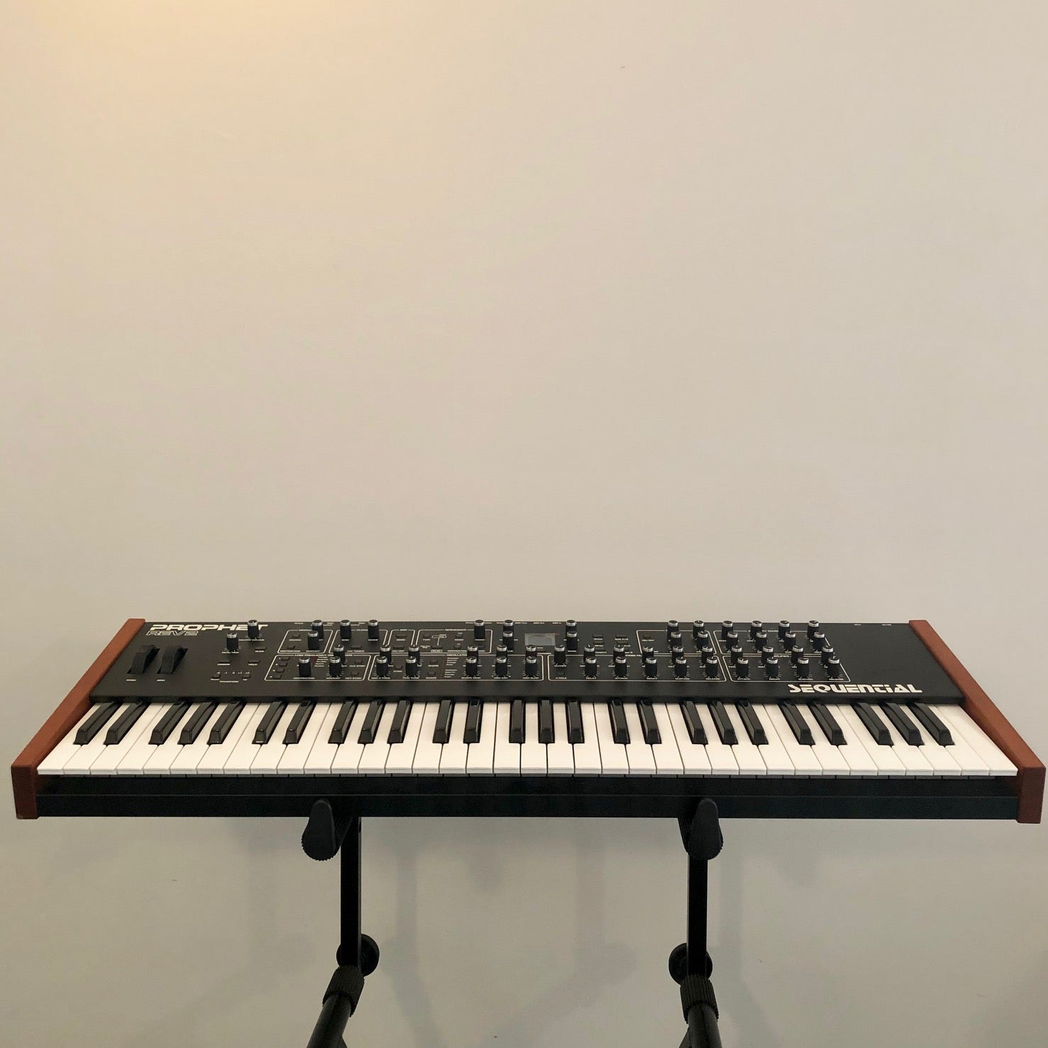 Sequential Prophet Rev2 8-Voice