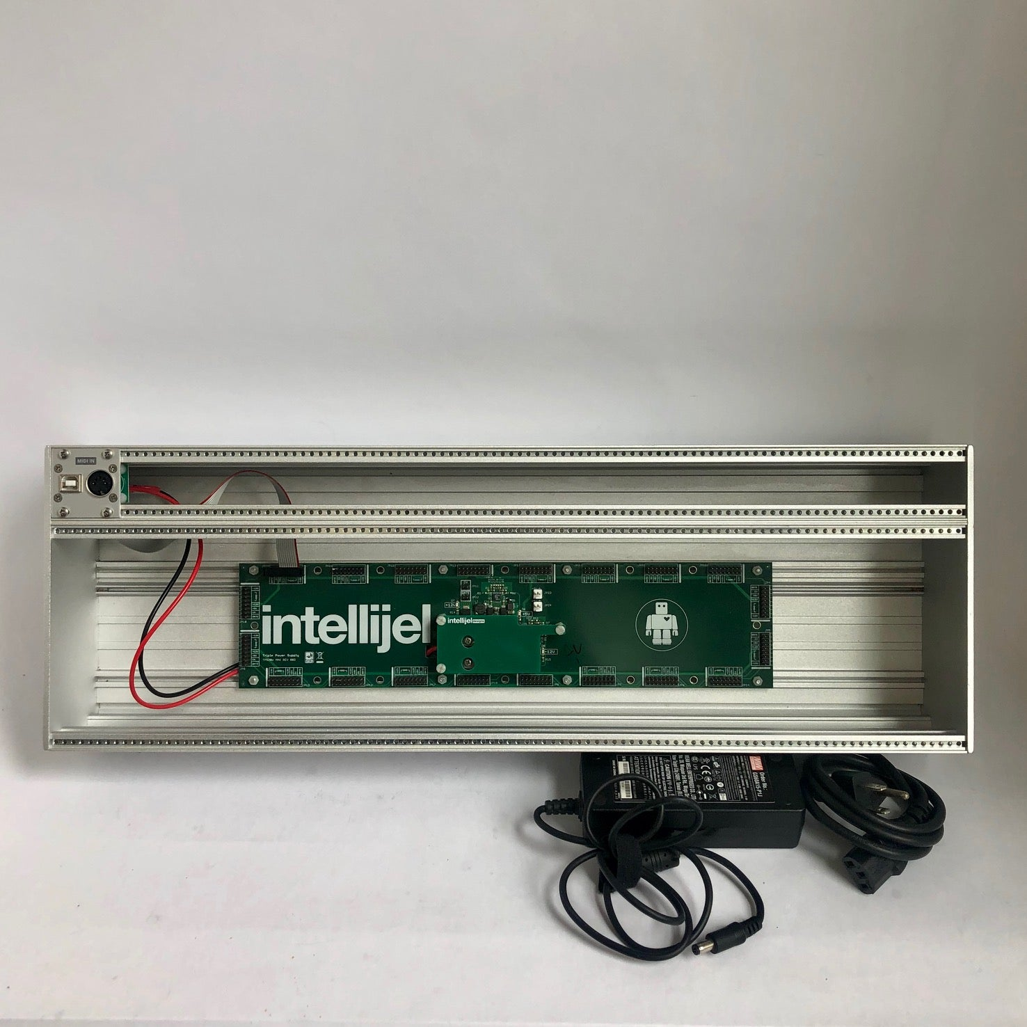 Intellijel 4U x 104HP TPS30W MAX Powered Case