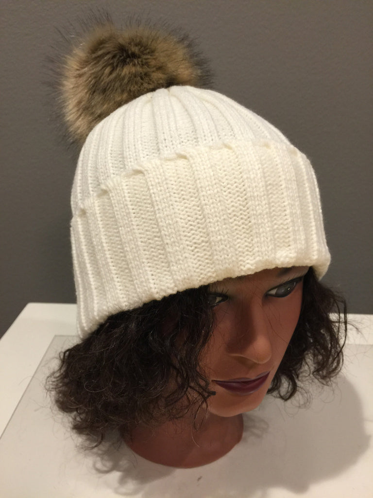 21330c73389e7 Off White Knit Hat with Fur Pom Pom