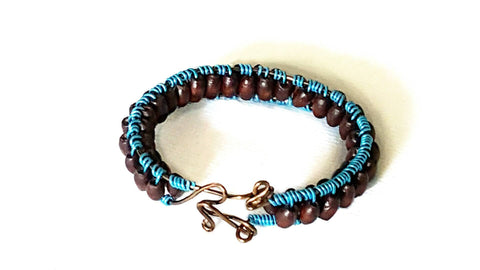 Bracelet - Blue Wire Wood Bead - Bracelet - 1