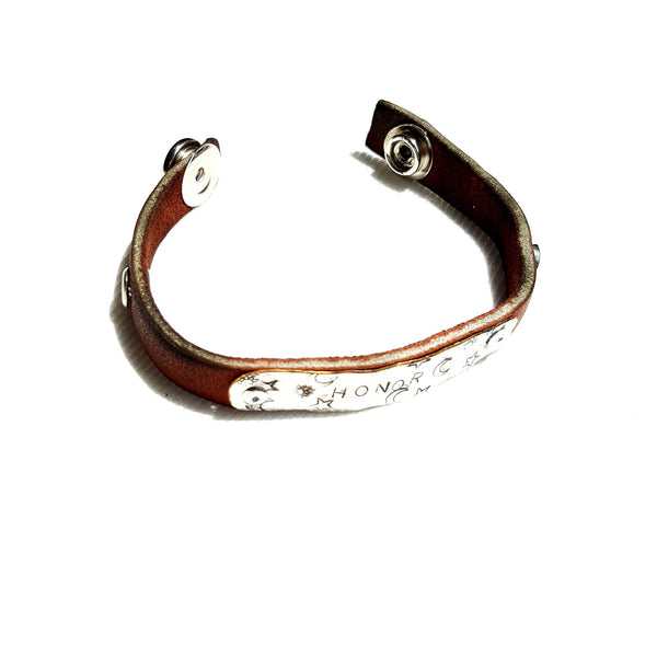 Handmade Leather Bracelet with Honor Stamped on Silver Metal - Bracelet - 3