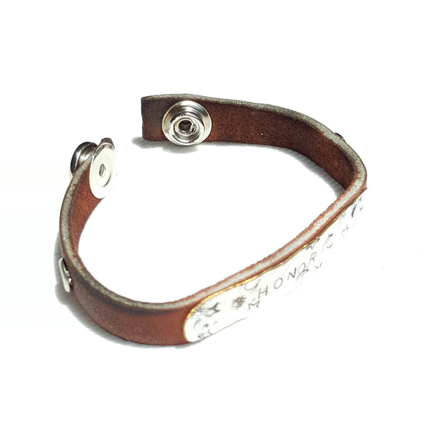 Handmade Leather Bracelet with Honor Stamped on Silver Metal - Bracelet - 4
