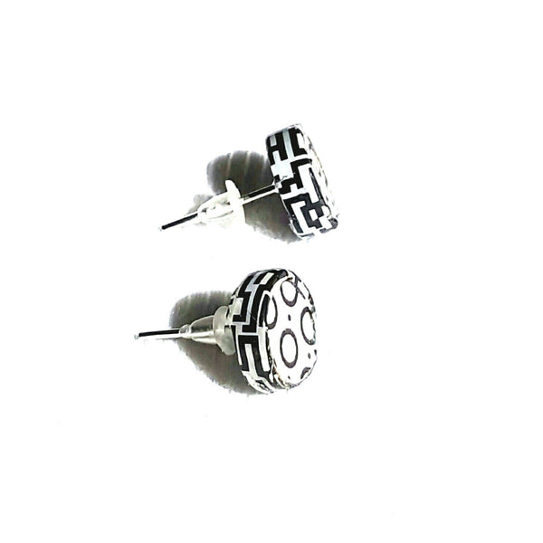 Black and White Graphic Stud Earrings - Earrings - 1