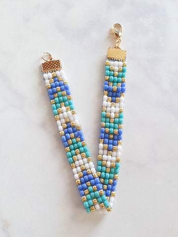 Chevron Beaded Friendship Bracelet in White Blue Gold