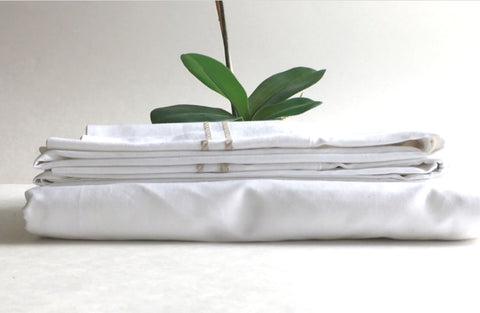 White embroidered fitted sheet with pillow case
