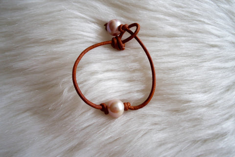 Single Pink Pearl Knotted Bracelet