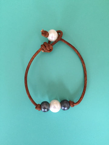 Triple Black/White Pearl Bracelet